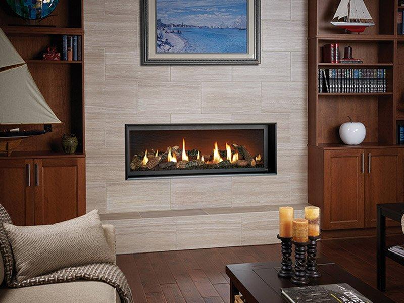 Premium linear gas fireplace by Fireplace Xtrordinair