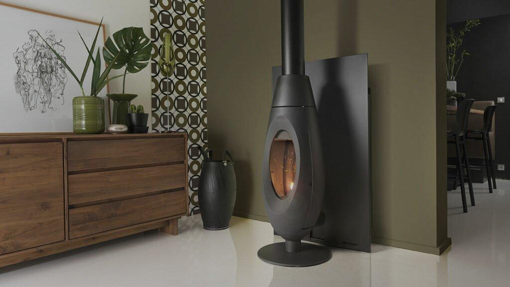 Invicta Ove wood burning stove in black